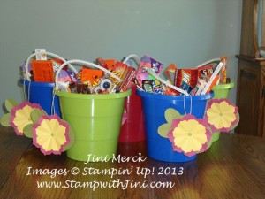 Luau Graduation Bucket