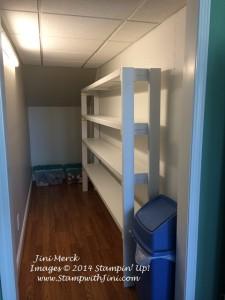 Pantry Shelf (1)