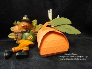 Pumpkin Curvy Keepsake box