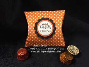 A Little Something Square Pillow Box treat (1)
