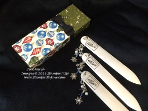 Christmas Party Bone Folder Charms (1)
